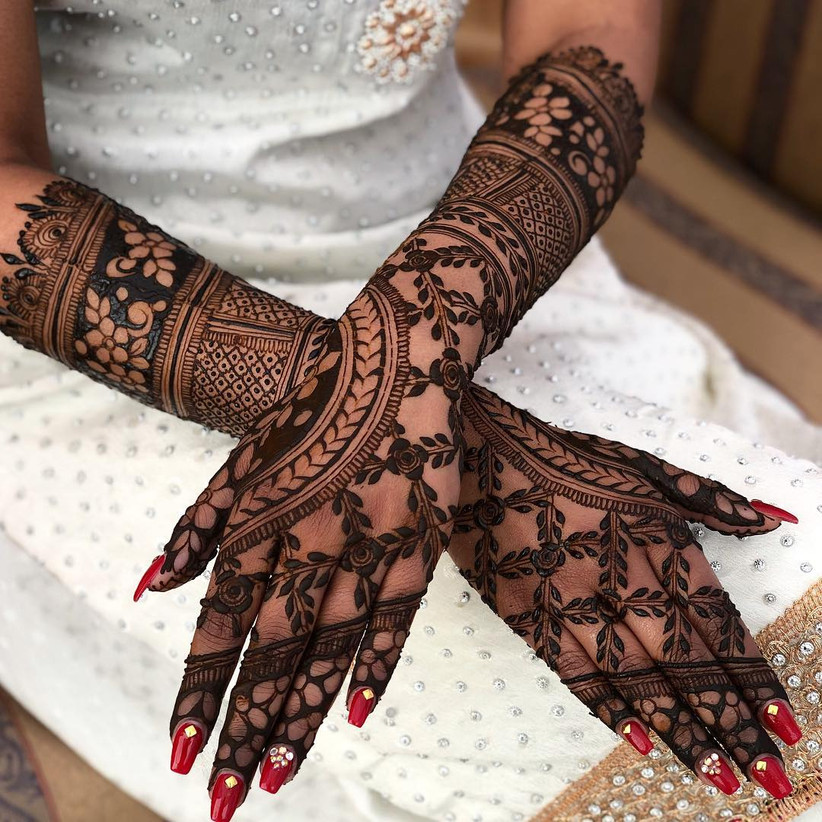 Easy Arabic Mehndi Designs for Left Hand – Add That Regal Touch to
