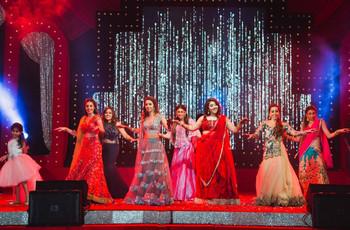 47 Hindi Songs For A Stellar Wedding Dance Performance