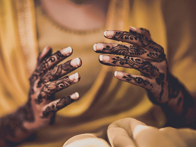 Take Your Pick: 30 Arabic Mehndi Designs For Hands To Flaunt At Your Mehndi Ceremony