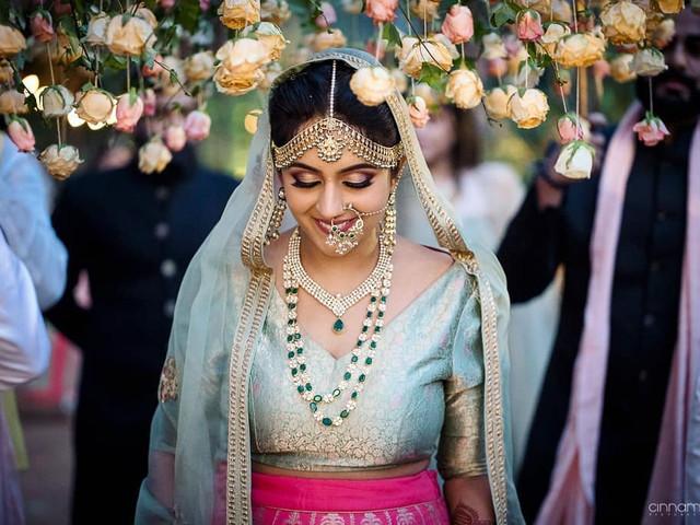 7 Stunning Brocade Lehenga Blouse Designs For Bridal Inspiration For This Wedding Season