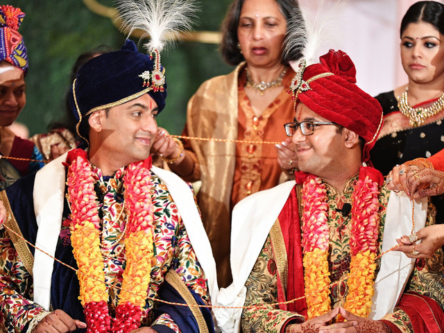 A Tale Of Two Hearts - A Gay Indian Wedding That Will Make Your Day! 🏳‍🌈