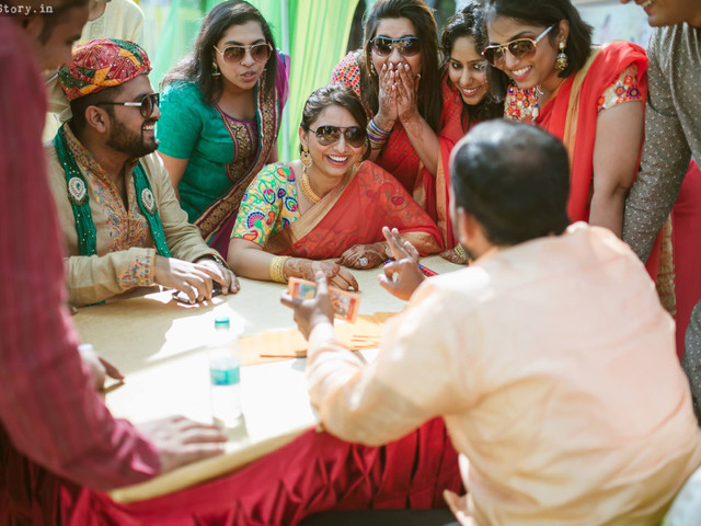 10 Popular Sangeet Games Which Work For All Age Groups