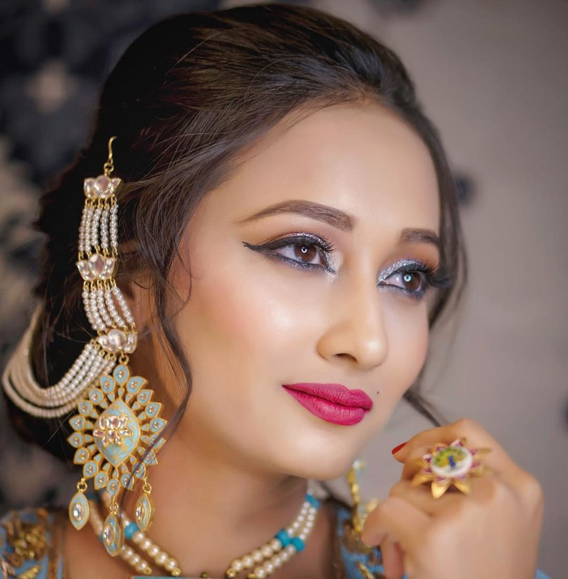 Work It! 12 Earrings With Hair Chain Looks For Awesome Bridal Pics