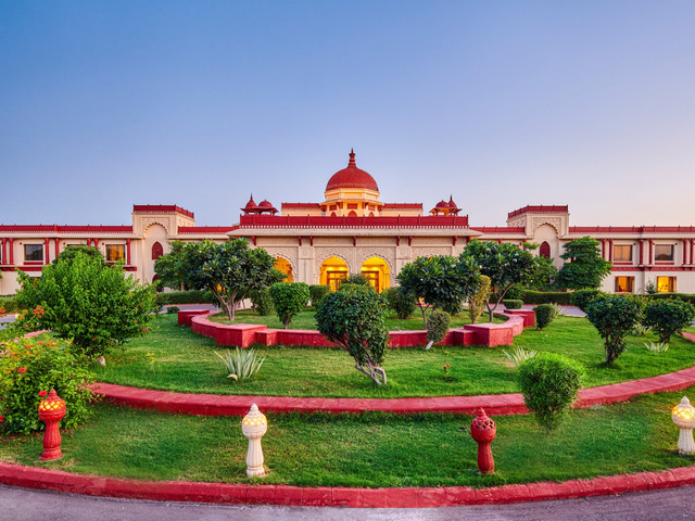 Get Married in the Blue City of Jodhpur at the Ummed Jodhpur Without Burning a Hole in Your Pocket!