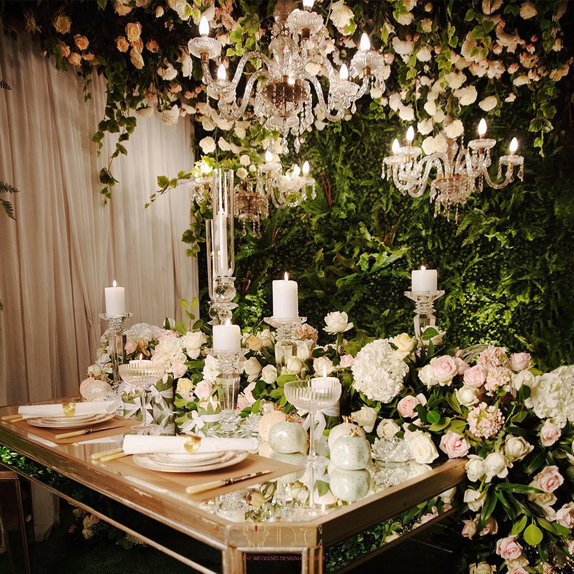 Candles and Floral Arrangements for White weddings