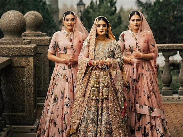 New Lehenga Dresses With Price for a Great Outfit on D-Day