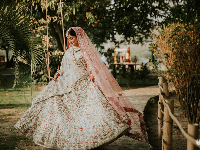 9 Chandni Chowk Lehenga Shops Where Every Bride's Dreams Come True