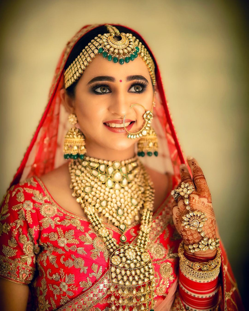 Trending Gold Nose Ring Designs For Your Big Day