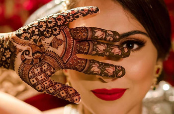 29 Remarkable Peacock Mehndi Designs for the Brides of Today