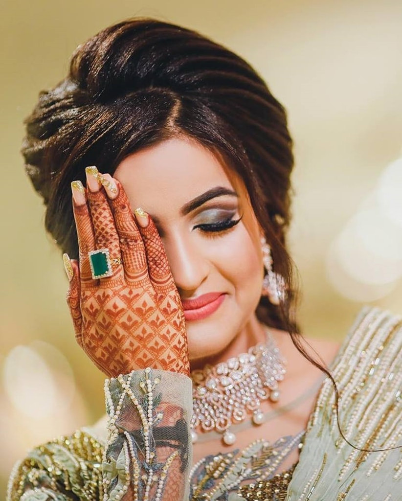 glam up the bridal makeup photos and nail your picture