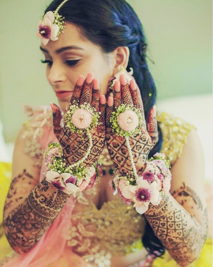 Here S How You Can Pair Lovely And Unique Flower Jewellery For