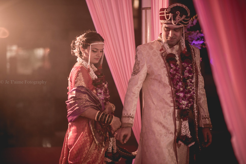 The seven vows of Saptapadi or Saat Pheras have predominant importance in Hindu weddings.