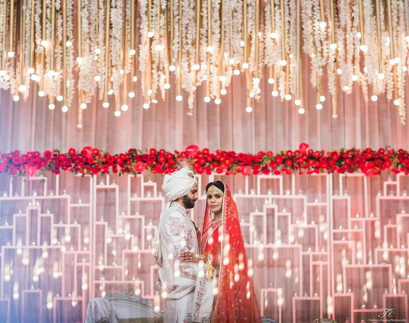 9 Beautiful Wall Decoration Designs Ideal For Your Reception