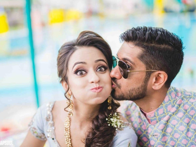 10 Cute Engagement Announcements That Made Us Gush & Awe Today