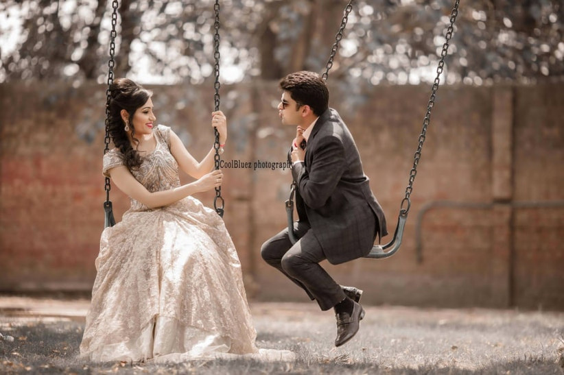31 Pre Wedding Props Which Will Breathe Romance Into Your Pictures