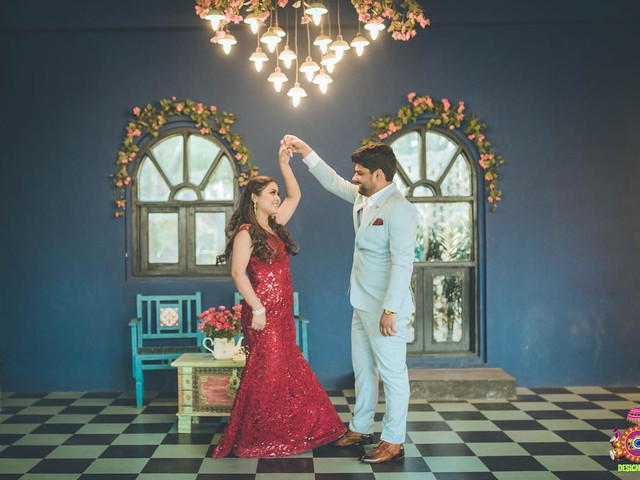 Getting Happy Wedding Anniversary Images Clicked? Here Are 9 Best Backdrops To Make Them Picture Perfect