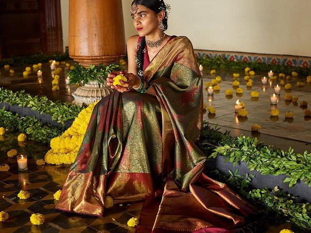 Diwali Dress 2021 - Latest Diwali Ethnic Outfit Trends