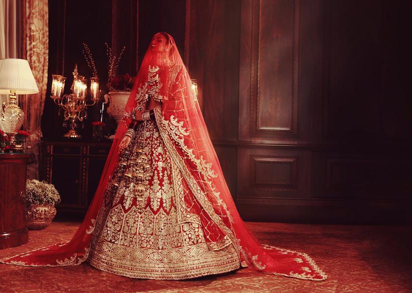 Manish Malhotra Unveils 'Nooraniyat' at FDCI India Couture Week 2021 1