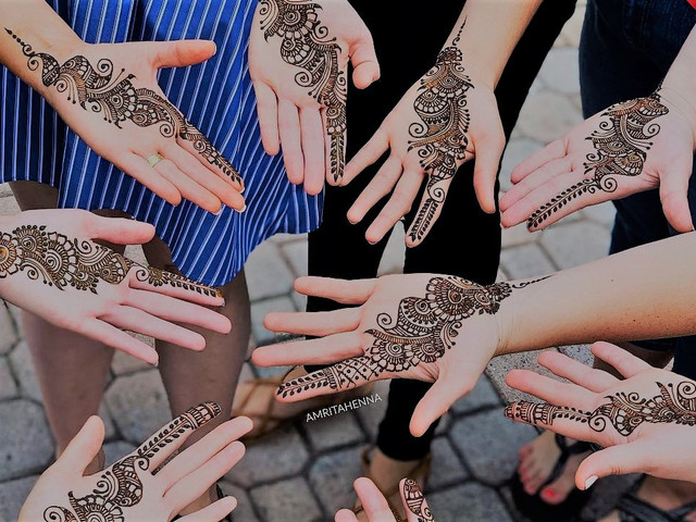 6 Beautiful Arabic Mehndi Images That Will Make You Want To Try Them Right Now
