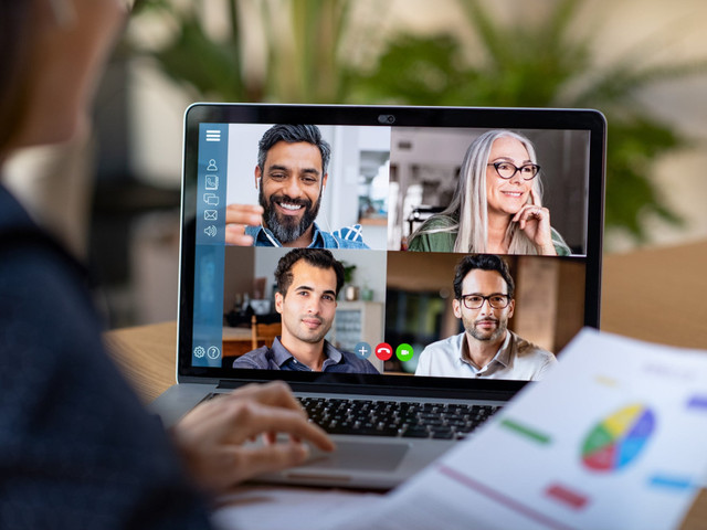 Here Are the Basics of Virtual Meeting & How to Host It Like a Pro
