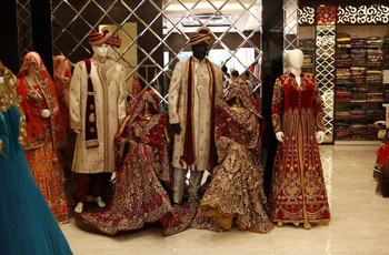 Top 8 Stores in Delhi for Indian Wedding Dresses for Brides With Price