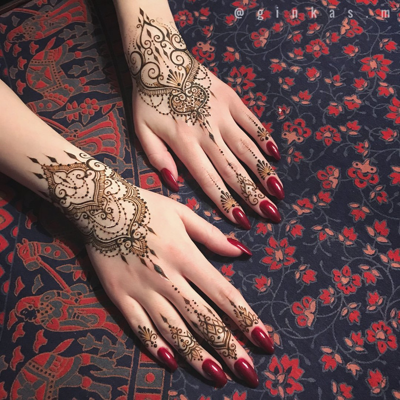 Top 89 Arabic Mehndi Designs,Simple King And Queen Crown Tattoo Designs