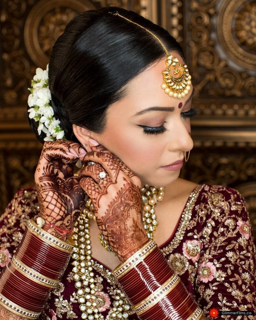 Hairstyles India: 11 Gorgeous Indian Hairstyles With A Gajra Set For Everyone
