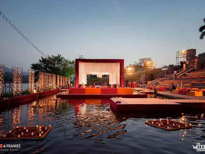 Floating Mandap Ideas for Your Pheras Straight Out of a Fairytale