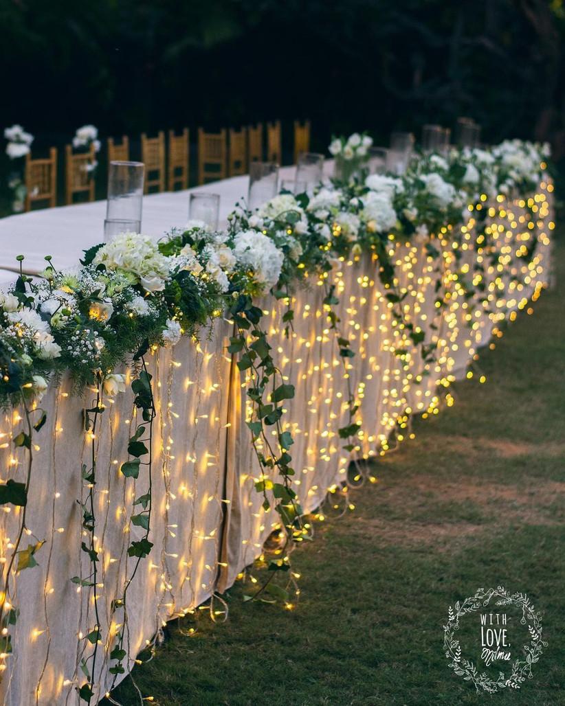 white wedding table decoration