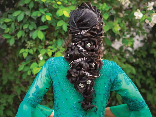 7 Latest Hairstyles That Bridesmaids Can Rock on a Wedding