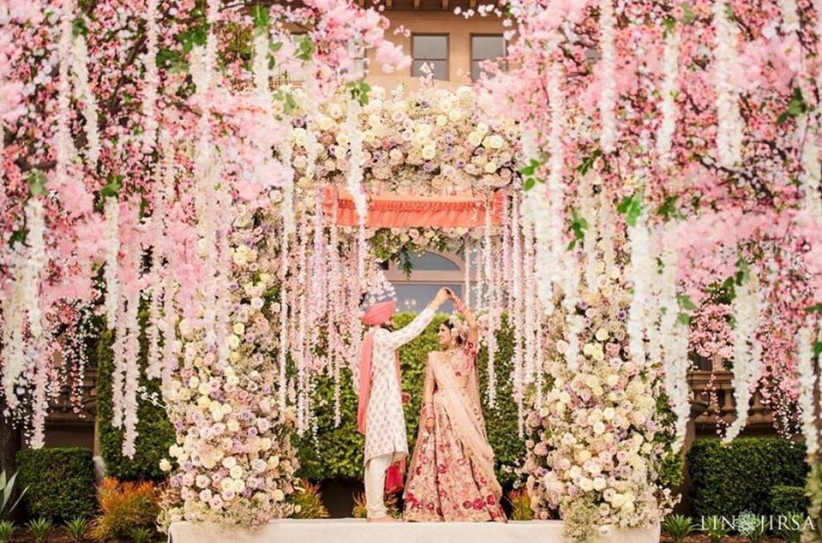 14 Breathtaking Wedding Flower Decoration Ideas For The D Day