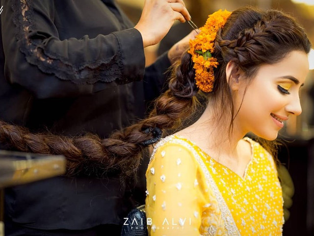Every Punjabi Hairstyle That a Punjabi Bride Would Ever Need