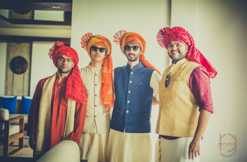 8 of the Latest Wedding Safa Trends for Dapper Grooms in 2019