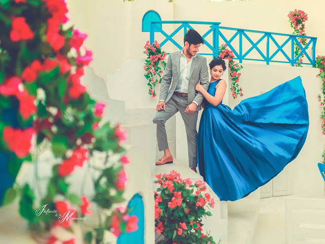 10 Irresistibly Beautiful Frock Design For Wedding Inspirations To Don For Your Pre-Wedding Photoshoot