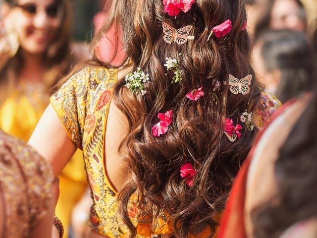 Sneak-peek Into 7 Pictures of Hairstyles Raging This Wedding Season