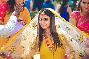 8 Pom Pom Jewellery Trends You Must Try During This Wedding Season