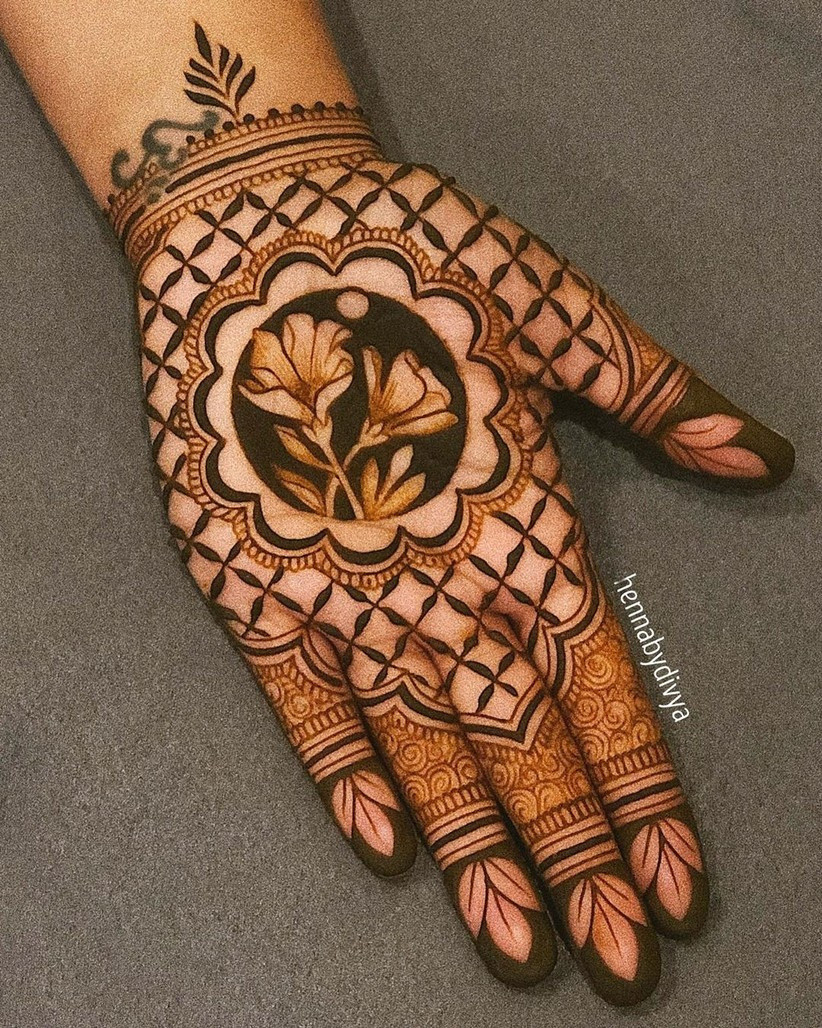 3D Flower Mehndi Design
