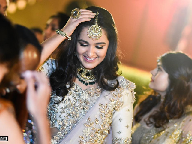 9 Simple Hairstyle Images For Inspiration For Your Wedding Look