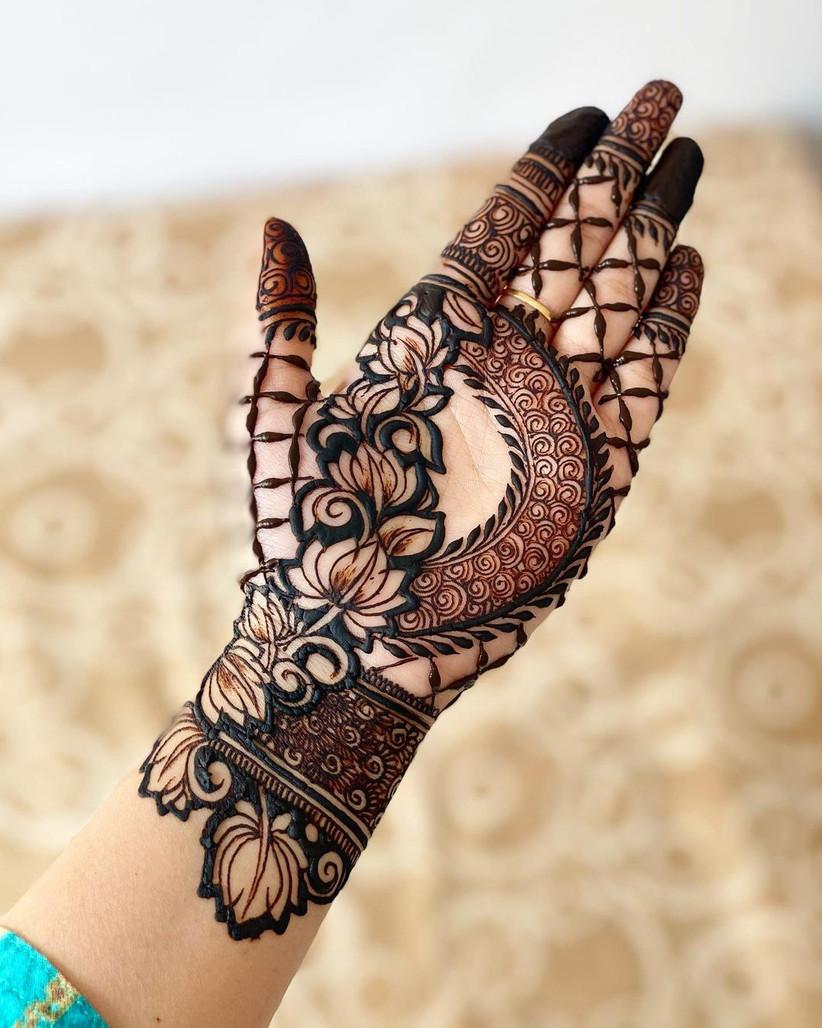 Mehendi Design for Indo Western Look