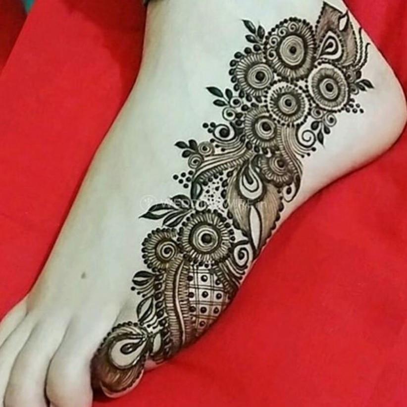 Top 50 Leg Mehndi Design Ideas as per Your Zodiac