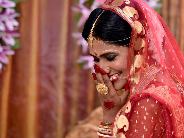 Learn How Bengali Mehndi Blends Simplicity, Authenticity and Ethnicity on the Wedding Day
