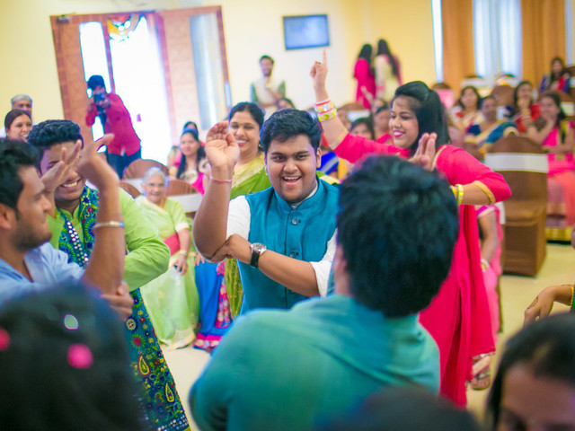 The Nagin Dance Routine: 4 Ways In Which This Is A Part Of Every Indian Wedding