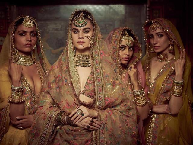 Rajasthani Maang Tikka Styles To Add Royalty