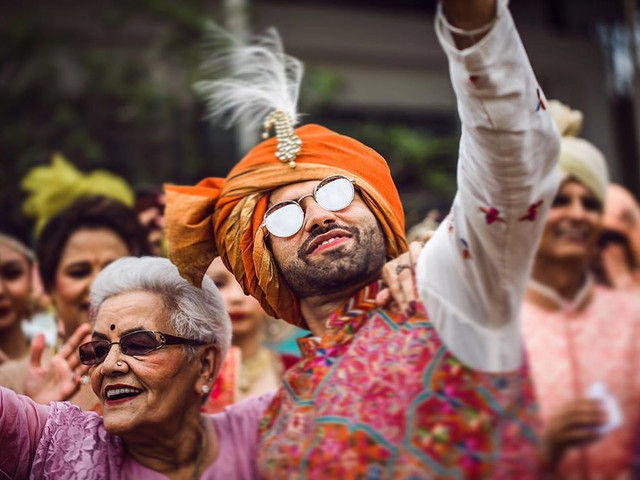 All the Interesting & Suave Wedding Trends Set by Grooms in 2019