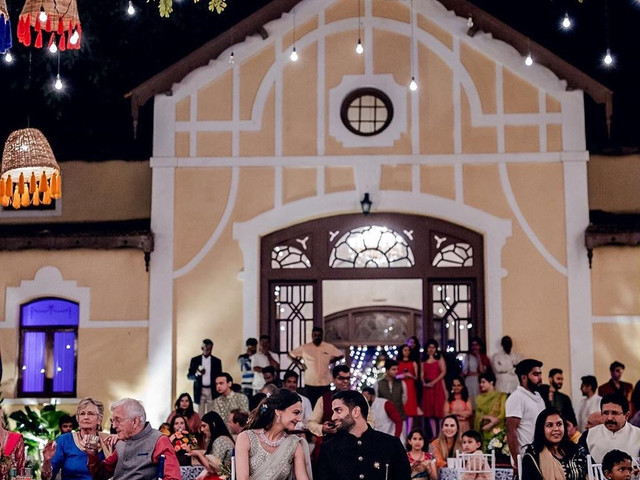 The Ultimate Guide to Attend a Wedding During COVID–19
