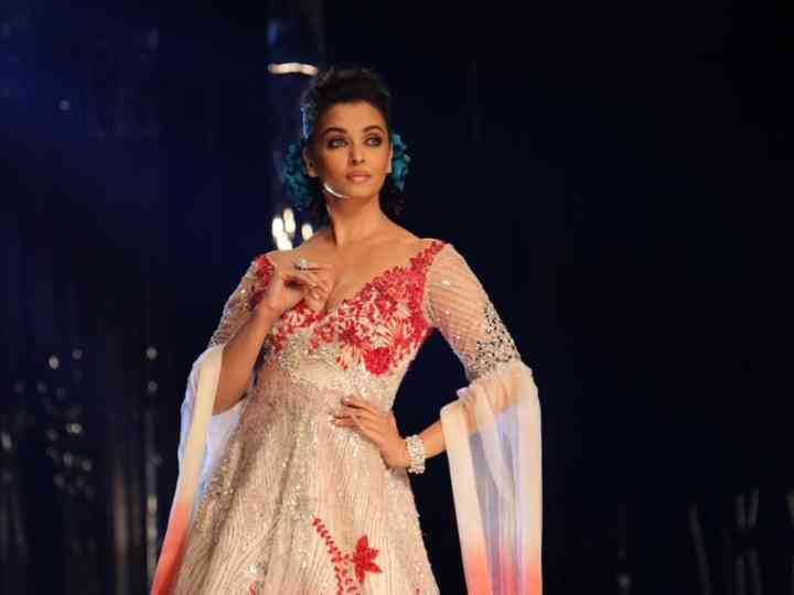 What Makes Manish Malhotra Dresses Look Class Apart Find Out As We Break Down The Brand S Identity Bit By Bit