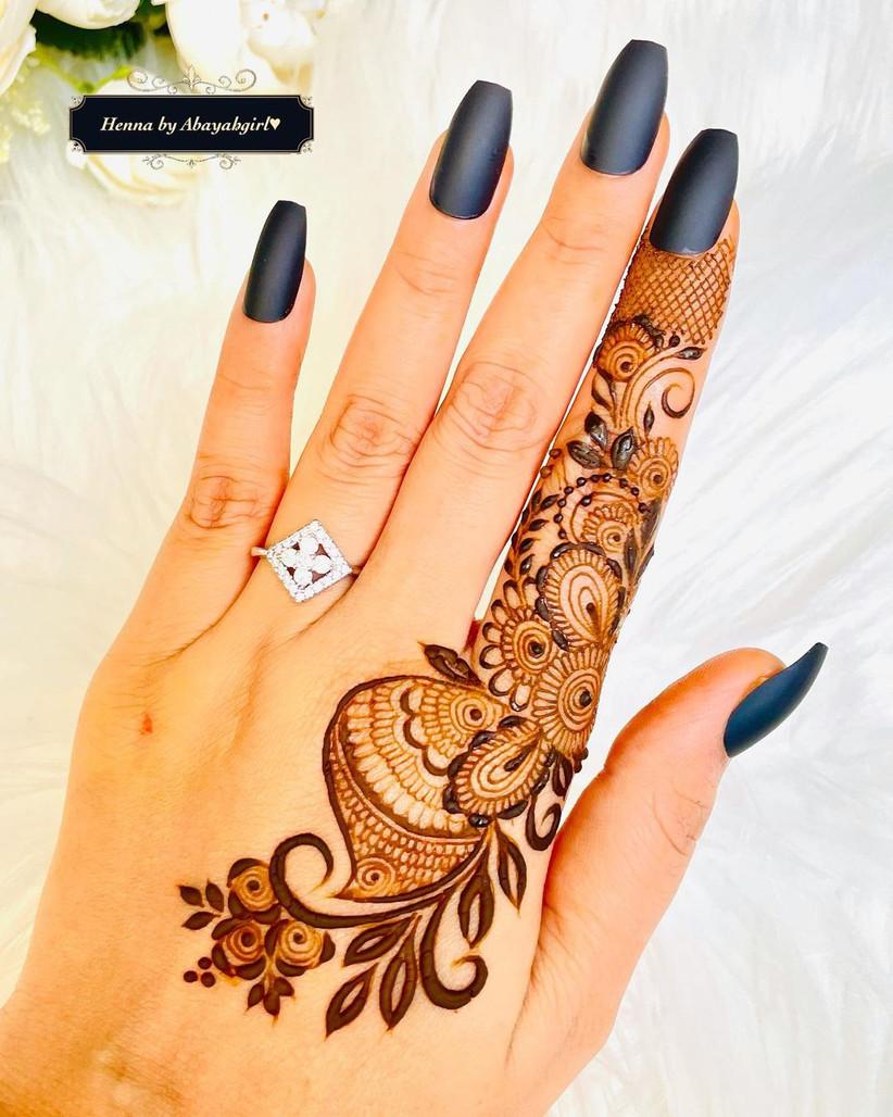 Minimal & Simple Mehndi Design