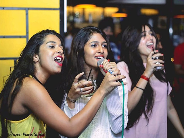 9 Smashing 90s Bollywood Songs to Rock Your Karaoke Night