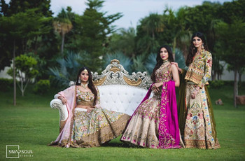 Printed Blouse Design Styles Are The Newest In Thing To Flaunt This Wedding Season, Here's How