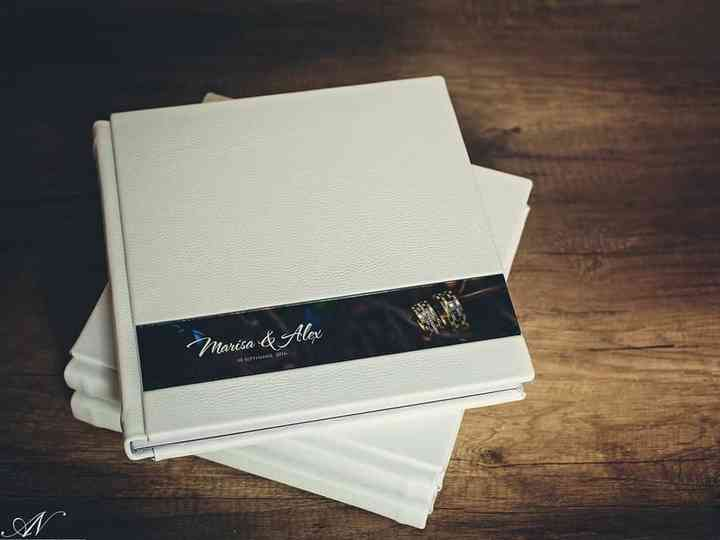 The Only Set of Album Design Ideas You Need for Fantastic Wedding Covers & Albums This Season!